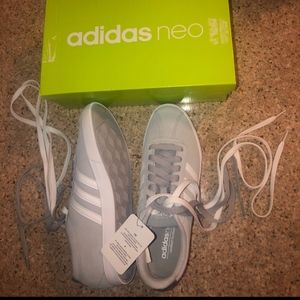 Adidas women shoes - NEW!